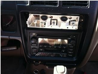 2002 Tacoma: Removed & Replaced Radio-0002.jpg