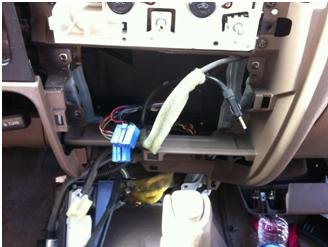 2002 Tacoma: Removed & Replaced Radio-0003.jpg