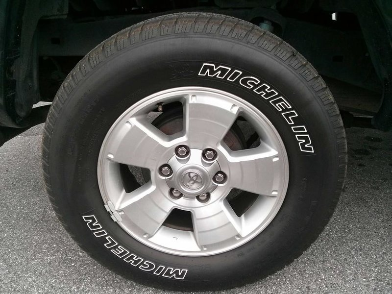 "Stock 17"" Wheels 05 & up Tacoma-0320131042a.jpg"