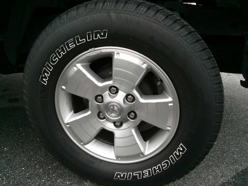 "Stock 17"" Wheels 05 & up Tacoma-0320131042b.jpg"