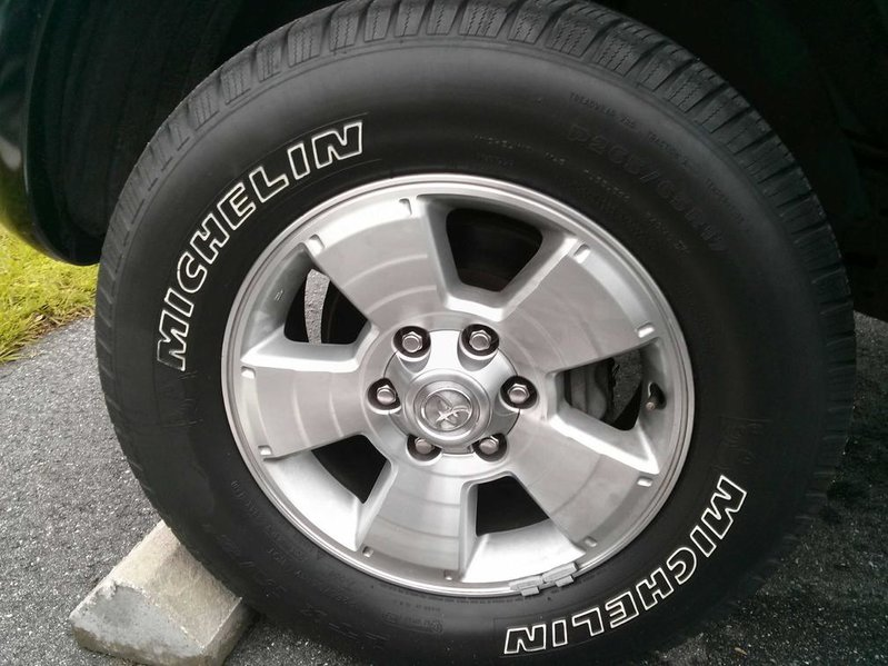 "Stock 17"" Wheels 05 & up Tacoma-0320131043.jpg"