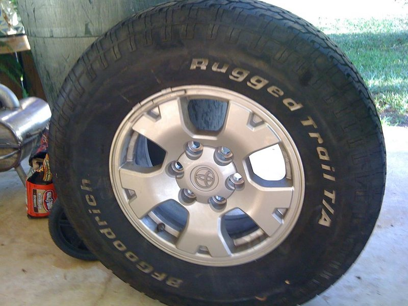 Stock Tires, Rims, & Mudflaps-037.jpg