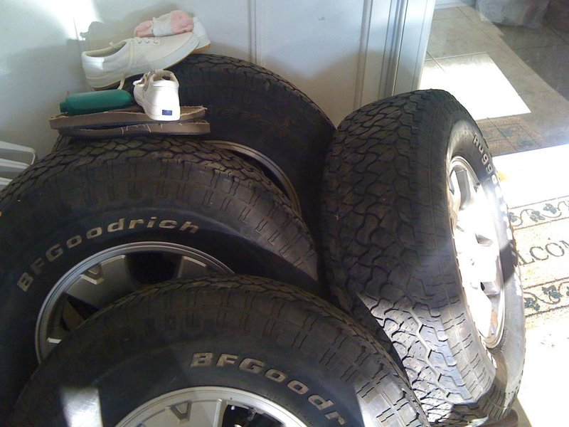 Stock Tires, Rims, & Mudflaps-039.jpg