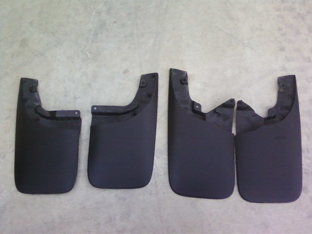 f.s. full set of factory mud flaps-0406111703.jpg