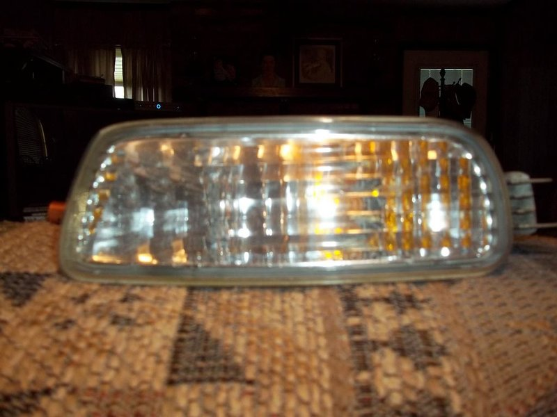 01 headlights, corner lights, & turn signal-100_1265.jpg