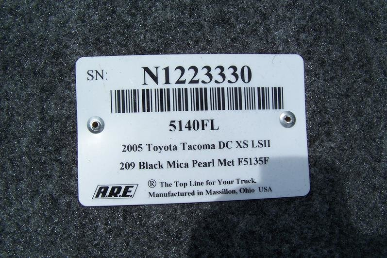 ARE LSII Fiberglass Tonnaeu Cover Black-100_2311.jpg