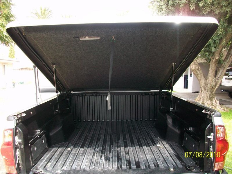 Silver Tonneau cover for 6 ft bed-100_3507.jpg