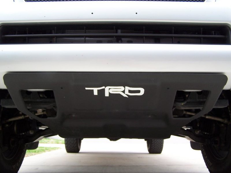 FS: TRD skid plate/truxedo bed cover-101_8064.jpg