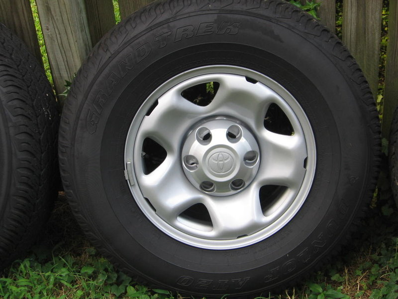 Stock Rims and Tires 0-111.jpg