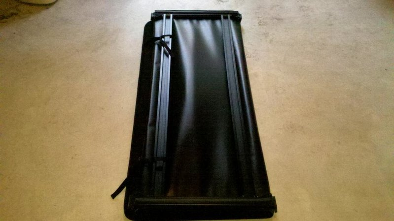 FS: Trifecta Signature Series Tri-Fold Tonneau (05-10, 6 ft bed)-2010-10-10_18-12-13_81.jpg