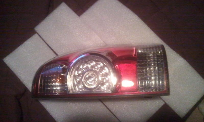 FS: P/side 2nd Gen LED Taillight-2012-04-25-19.30.05.jpg
