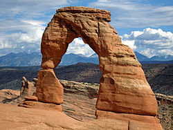 (UTAH) October through the end of 2012 meet-250px-usa_arches_np_delicate_arch-1-.jpg