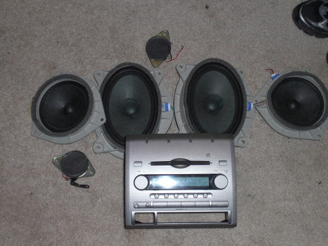 FS: Feeler..Factory 6 disk and speakers-cimg0799.jpg