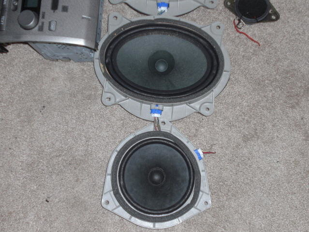 FS: Feeler..Factory 6 disk and speakers-cimg0800.jpg