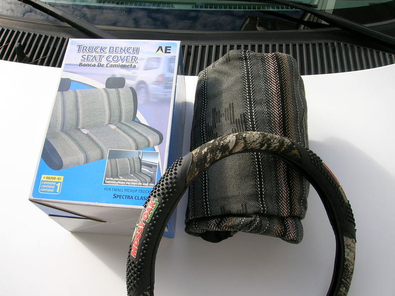 FS: 95-00 bench seat & steering wheel covers-covers.jpg
