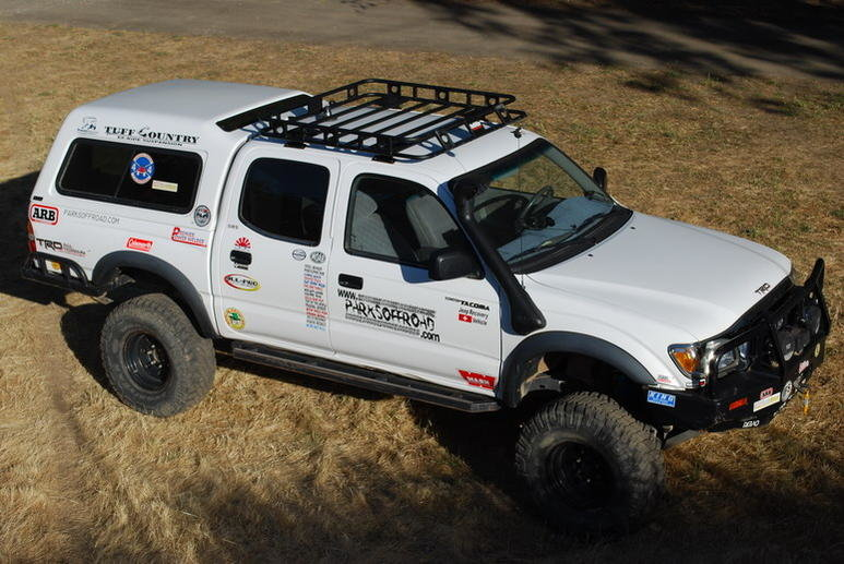 Extra Cabs with roof racks! post pics.-defender.jpg