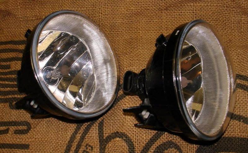 OEM fog lights 2nd Gen-dsc00218.jpg