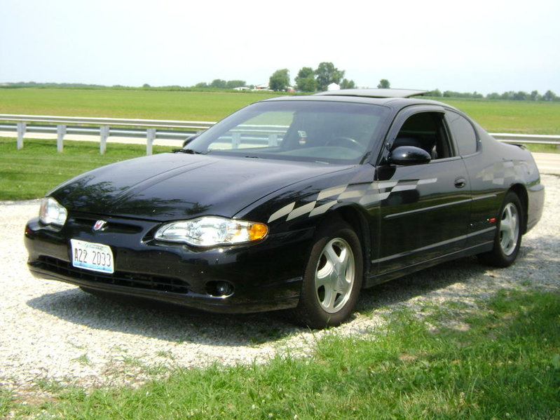 For sale: 03 monte carlo ss black on black 51,000 miles ,000 obo in stl-dsc00404.jpg