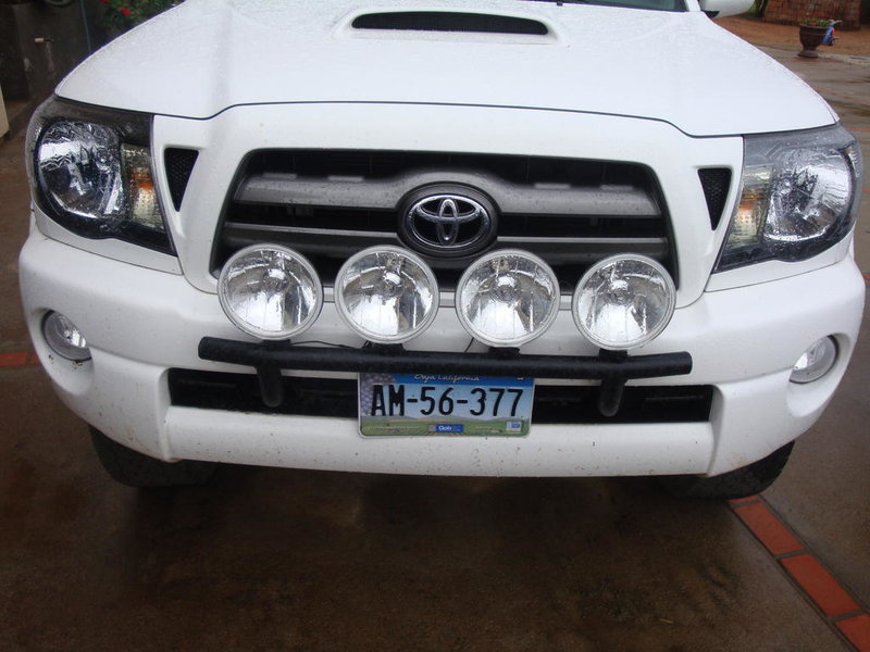 powder coated light bar with 4 hellas-dsc01914.jpg