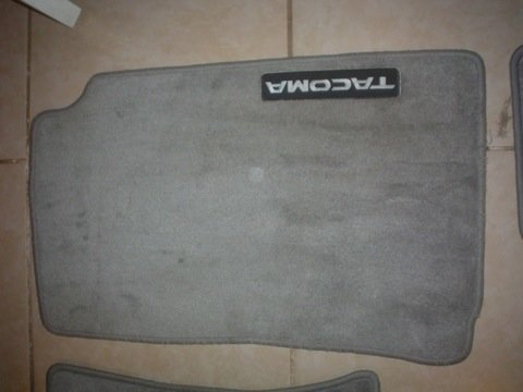 Grey Tacoma Double Cab Carpet Mats-dsc02351-2.jpg