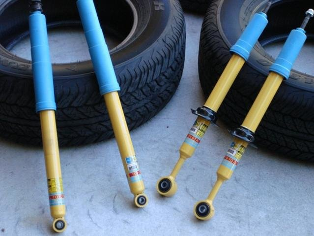 WTS: 265/65/17 Dunlop AT20's and Stock TRD Shocks-dsc03970.jpg