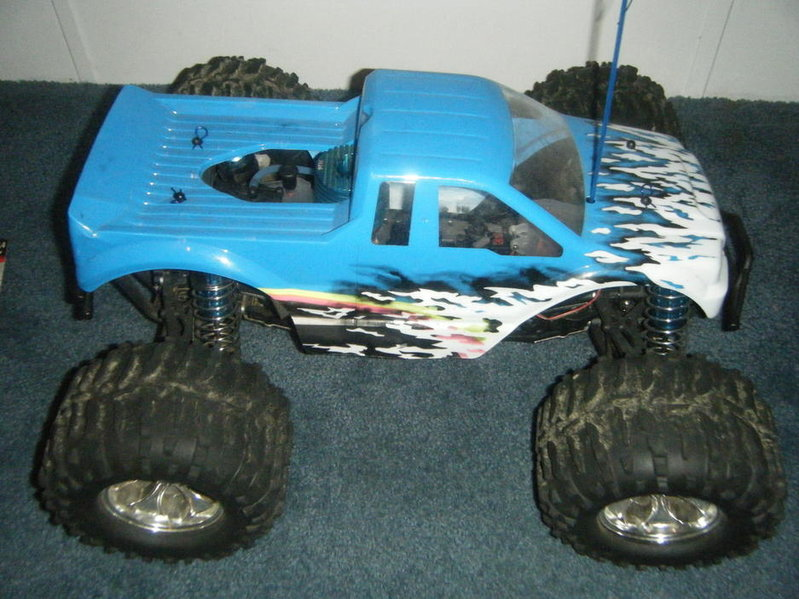 For sale Losi Lst nitro truck-dscf0500.jpg