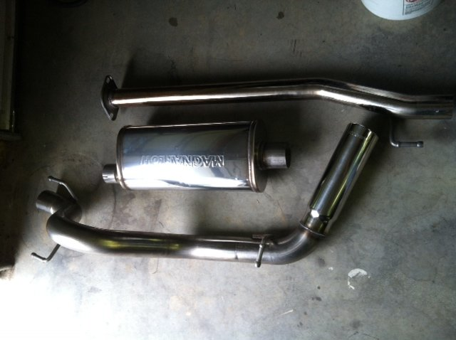 05-12 Tacoma Magnaflow 16625 Cat-back-exhaust3.jpg