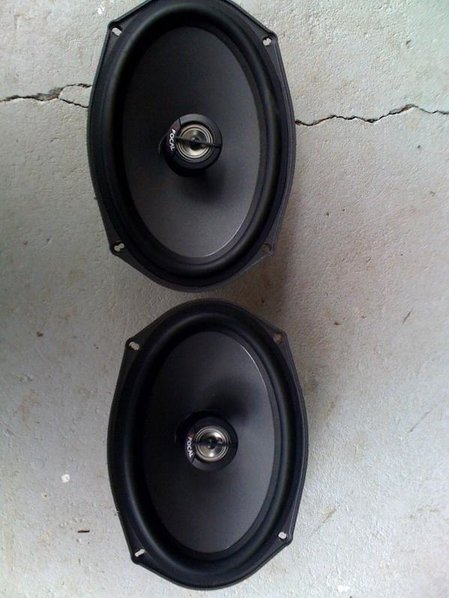 Stuff for sale-f-speaker.jpg