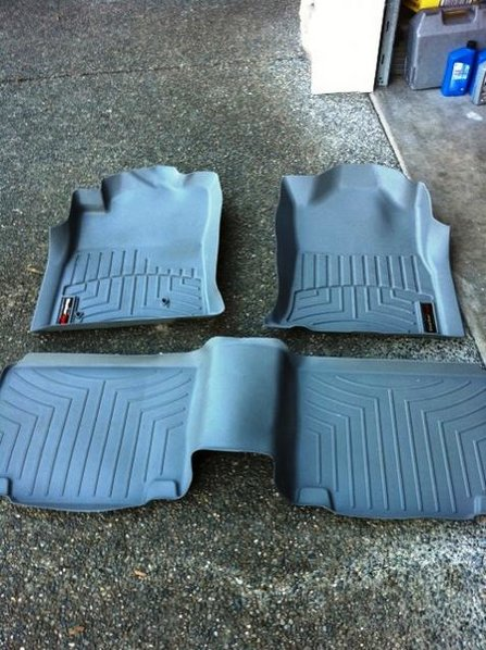 FS:  USA Spec PA15 iPod iPhone Interface, Weathertech for Access Cab-floormats.jpg