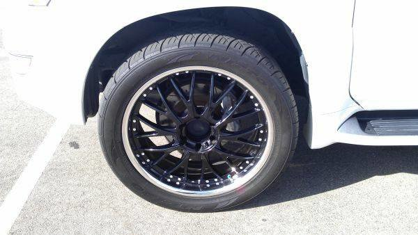 FS: black 22'' wheels-front.jpg