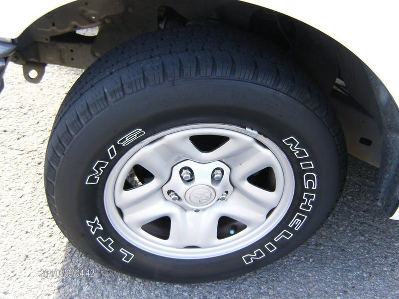 Complete set of 01-04 Tacoma 2wd 5 lug wheels/tires-hpim0999.jpg