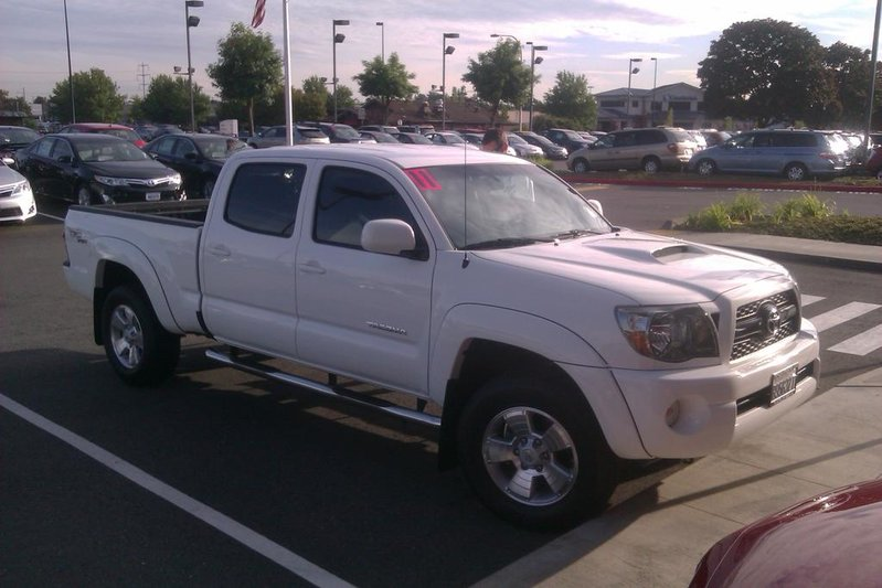 Backwoods Super White TRD LB 4DR-imag0905.jpg