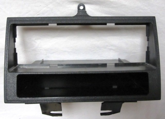 "Kicker L7 10"" Sub w/sealed box + single din tacoma stereo trim-img_0003.jpg"