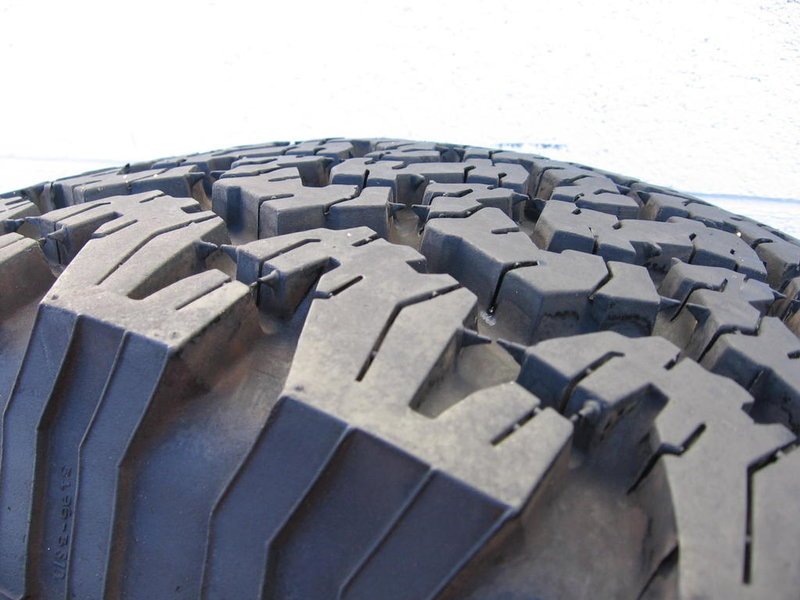 BFGoodrich AT KO 265/70R16 4 tires-img_0018.jpg