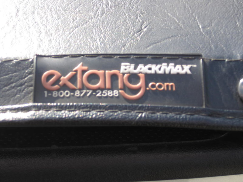 Extang Black Max bed cover-img_0174.jpg