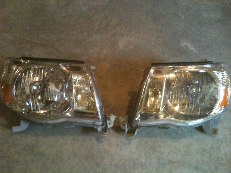 2010 taco stock OEM head lights-img_0266.jpg