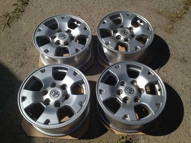 FS: TRD Off Road Rims-img_0298.jpg