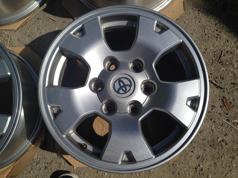 FS: TRD Off Road Rims-img_0301.jpg