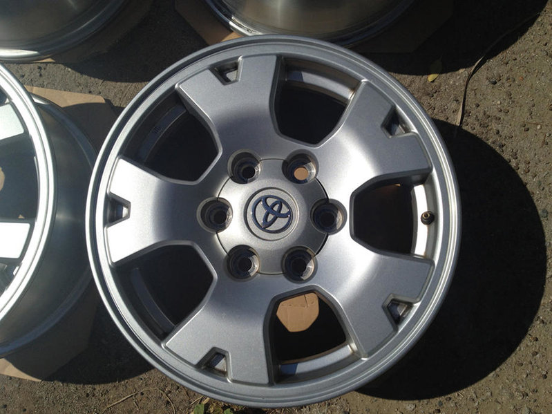 FS: TRD Off Road Rims-img_0303.jpg