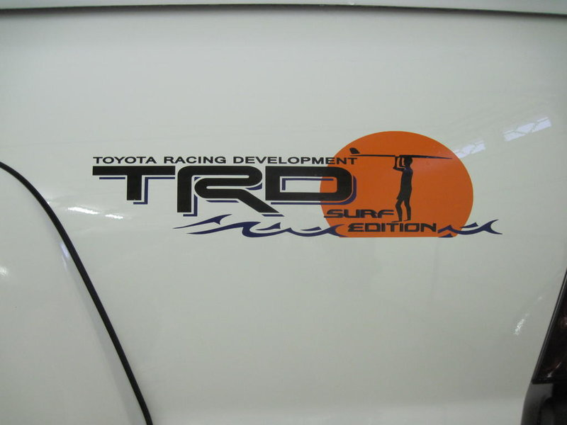 FS:Custom Vinyl Decals-img_0330.jpg