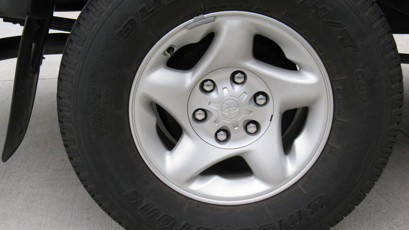 2002 Tacoma 4x4 alloy wheels for sale-img_0447.jpg