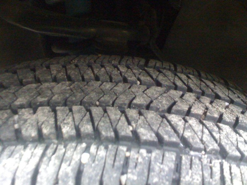 FS 2010 TRD Sport 17in Rims and Tires Lightly used-img_1141.jpg
