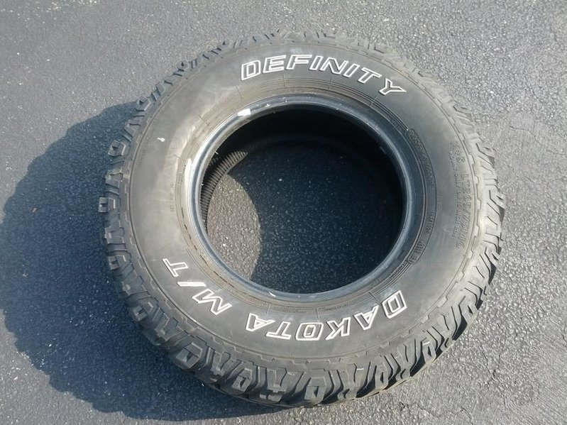265-75-r16 tires unmounted w/ chevy rims-img_20120615_170910.jpg