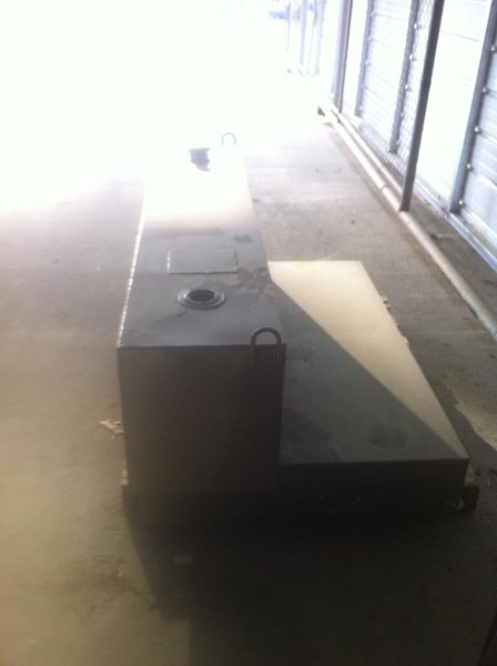 Fs:  Fuel Transfer tank for pickup truck-img_2209.jpg