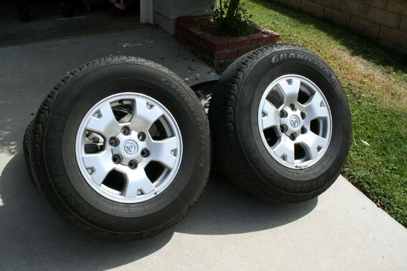 Toy Tacoma 6-lug alloys w/tires 5 obo-img_2399.jpg