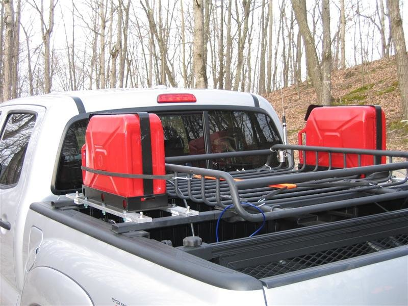 Bed bars /rack/fuel can set up-img_3203-medium-.jpg