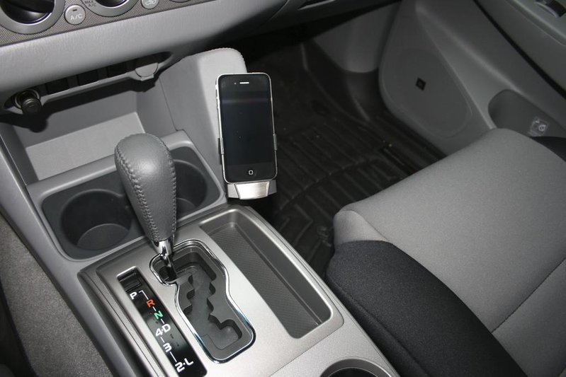 KUDA Leather Mount for iPod/GPS-img_3413.jpg