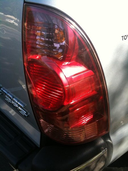 FS: 2006 OEM Tail Lights-img_4129.jpg