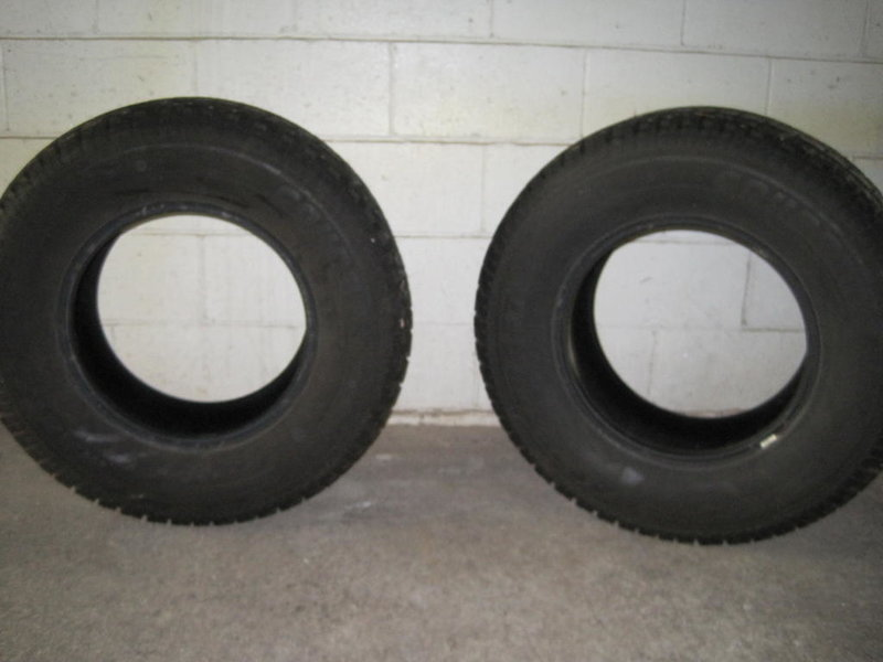 Snow tires for sale!-img_4402.jpg