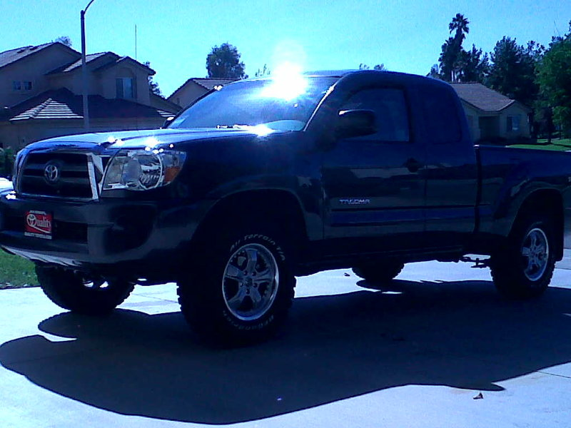 "ReadyLift 2.75"" Lift for Tacoma 5Lug-lifted-2010-access-cab-.jpg"